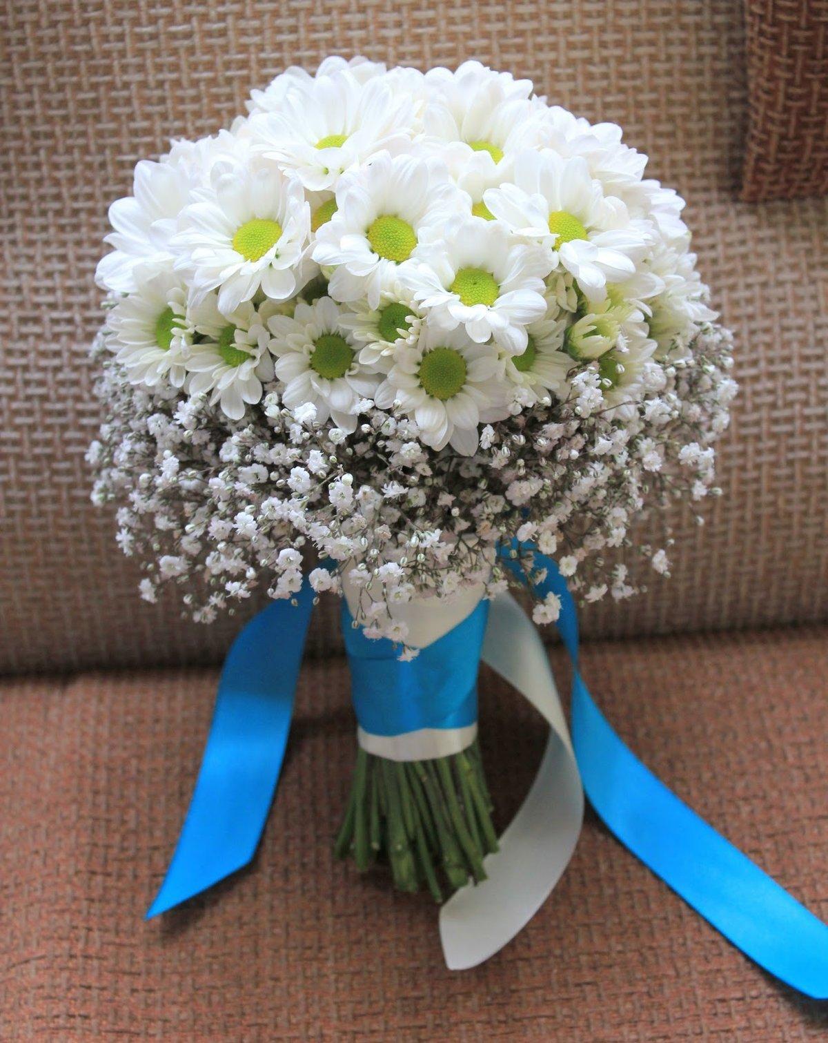 Букет, свадебный букет круглый из ромашек цена